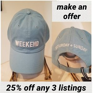 Weekend baseball cap baby blue embroidered